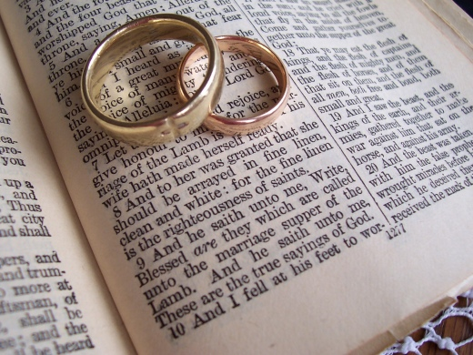 wedding band bible