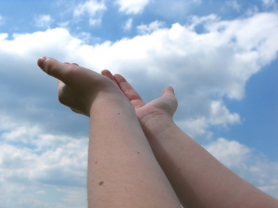 hands to the sky
