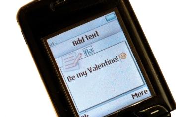 valentine-sms-1312776-639x424